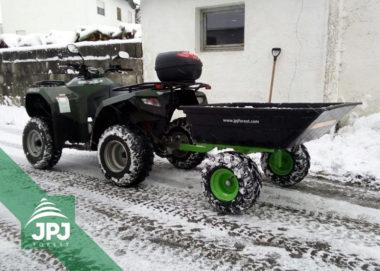 Terénny vozík s plastovou korbou a ATV štvorkolka